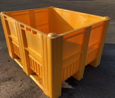 Yellow Plast Boxes